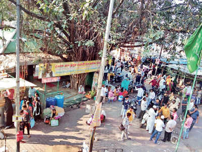 Relief in Khadki as illegal stalls cleared