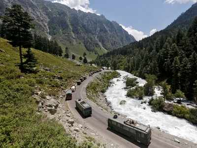 30,000 Indian troops in eyeball-to-eyeball confrontation with Chinese along the LoC in Ladakh