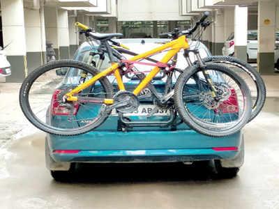 Heart-breaking news: Rs 5K fine for cycles on racks?