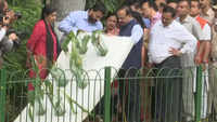 Harsh Vardhan inspects ongoing beautification work of 'Naini Lake' in Delhi