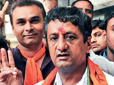 Bhushan Bhatt moves application against slander on social media