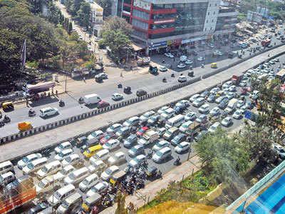 Residents oppose 2-tier flyover on Ahmednagar Rd