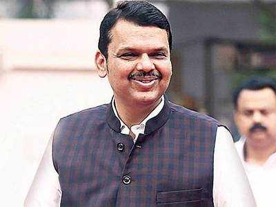 Fadnavis greeted with barbs over 'I will return'; Uddhav says he will not do anything at midnight