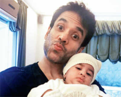 Tusshar Kapoor to celebrate son Laksshya's first birthday with a lavish party