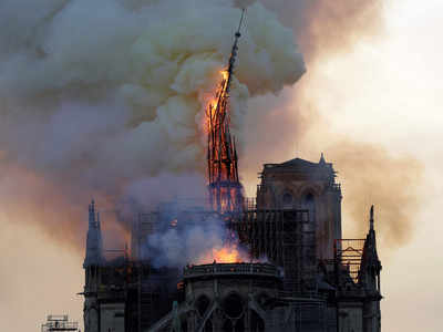 Notre Dame to be rebuilt as before
