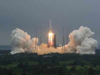 Large Chinese rocket segment disintegrates over Indian Ocean