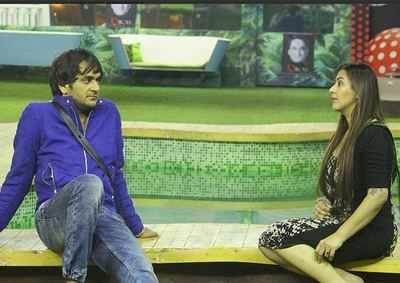 Bigg Boss 11 highlights day 103: Hina Khan breaks down; Vikas Gupta and Shilpa Shinde bond well in 'Vikas City'