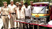 Delhi police bust gang of organised pickpockets