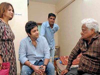 After orphans, Vismay serves the elderly