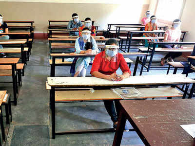 Gujarat University makes no arrangement to provide safety gear for about 66,000 students who will appear for their final year exam in centres across State from Sept 3