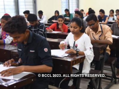 Maharashtra Students' Union writes to CM Uddhav Thackeray, Education Minister Uday Samant seeking cancellation of final year examinations