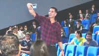 Akshay Kumar hosts screening of 'Mission Mangal' for students