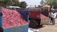 Onion, tomato price surge due to flood situation in Maharashtra