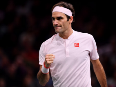 Roger Federer to compete with Novak Djokovic for record ninth Wimbledon title