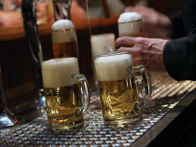 Some pubs start serving from 6am as England reopens