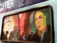 With these art murals at Ghaziabad railway station, Time travel back to 1857