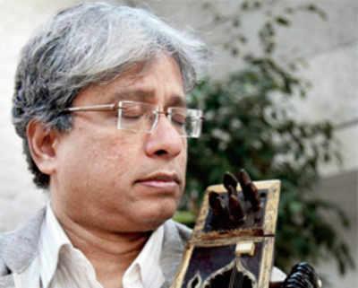 Maestro who helped establish sarangi as a solo instrument