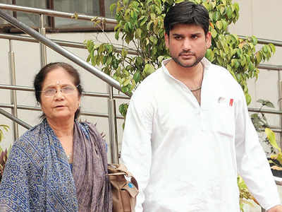 Rohit Shekhar had issues with marriage, career: Mother