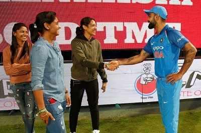 India vs Australia Bengaluru ODI: When Virat Kohli met Smriti Mandhana, Harmanpreet Kaur