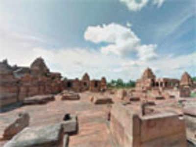 Now you can walk through Pattadakal, virtually