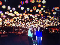 Watch: Japanese Lantern Fiesta lights up Mumbai's skies
