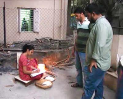 Vasai residents take on prostitution racket