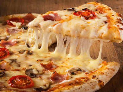Pizza costs techie Rs 95 K meant for his mom's cancer treatment