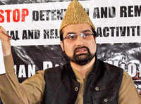 Kashmir unrest: Separatist leader Mirwaiz talks to Pak paymasters