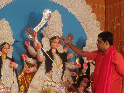 Calcutta HC eases restrictions after declaring Durga Puja pandals as no-entry zones