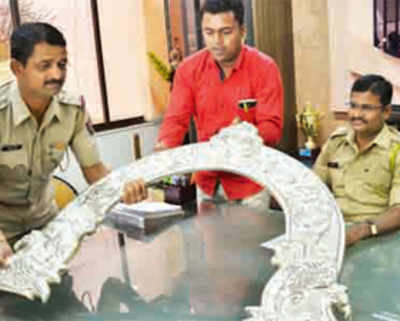 2 arrested for stealing silver throne, temple donations
