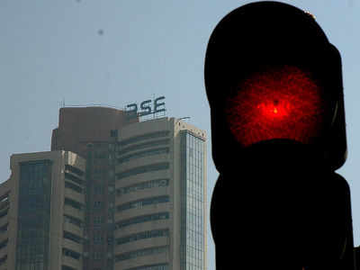Markets open in red, Sensex down 1,000 pts
