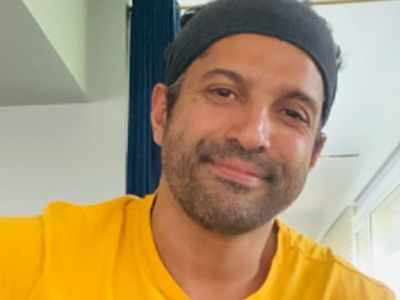 Farhan Akhtar's staff member Ramu passes away, says  'My childhood is peppered with memories of time spent in your care'