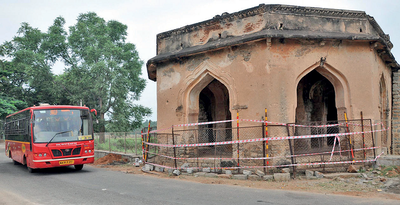 Hampi: ASI walks extra mile: Stay off 500-year-old structure