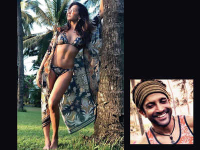 Shibani Dandekar turns muse for Farhan Akhtar