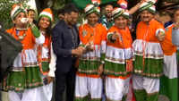 ICC World Cup 2019: Indo-Pak cricket fans cheer for their teams, pray rain gods to stay away from Old Trafford