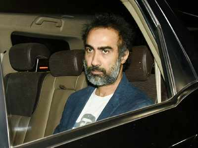 Child being delivered is not an emergency: Cop allegedly told actor Ranvir Shorey; here's why