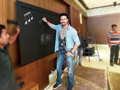 Tiger Shroff goes on a promotional spree for Student Of The Year 2