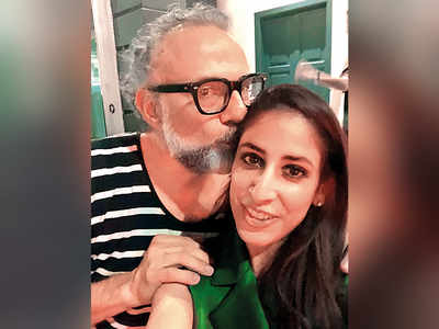 Restaurateur Zorawar Kalra's wife Dildeep parties with chef Gaggan Anand and Italian restaurateur Massimo Bottura in Singapore
