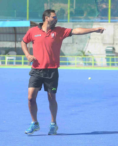 India's hockey coach Harendra Singh complains about sub-standard quality of food, hygiene level at Sports Authority of India's centre in Bengaluru