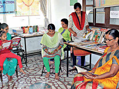 Disparate Housewives: Unable to pursue higher studies, homemakers read books to catch up with times
