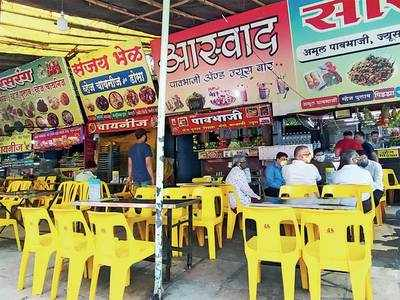 Over one lakh Mumbai hawkers still waiting to 'unlock' their stalls