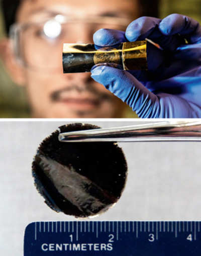 New flexible battery skips the lithium ion