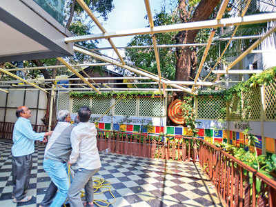 PMC demolishes parts of Irani Café, co-working facility AV8 Workspaces