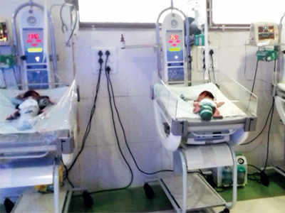 MIRROR IMPACT: Infants evacuated from Andheri fire trap, school shut
