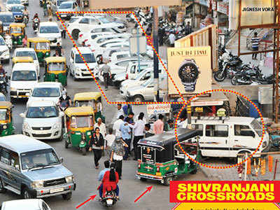 Ahmedabad: Civic apathy, choking crossroads, AMTS bus stands among key traffic jam triggers in city