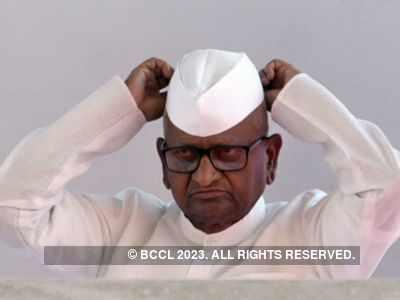 Anna Hazare begins 'maun vrat' for speedy justice in Nirbhaya case