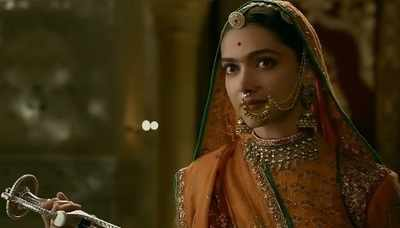 Padmaavat vs Pad Man box office collection: Both Akshay Kumar and Deepika Padukone's films hold a strong grip at the ticket window