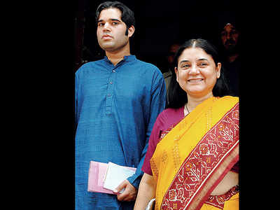 Maneka, Varun put the mockers on themselves in Sultanpur
