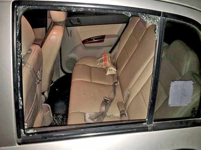 Techie's car broken into in Electronics City