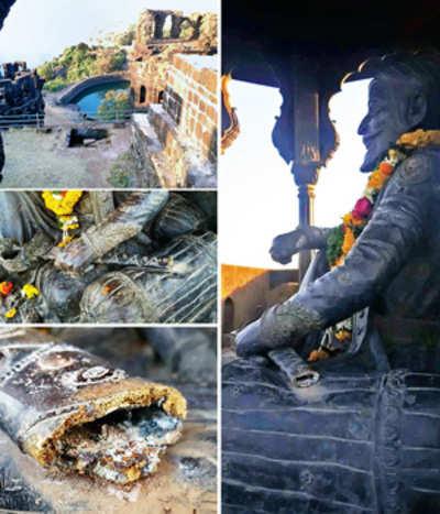 Part of Shivaji's sword vanishes from Raigad Fort